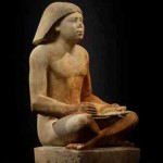 Sedící socha úředníka Nefera (foto Martin Frouz)