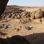 Obr. 2: Archeologický výzkum na sídlišti Sfinga, pohoří Sabaloka, Súdán, výzkum ČEgÚ FF UK (foto Ladislav Varadzin).