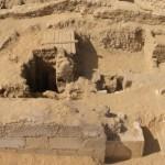 Pohled na Neferínpuovu hrobku od východu (foto Martin Frouz)