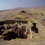 Pohled na odkrytou, nadzemní část Intiho mastaby.