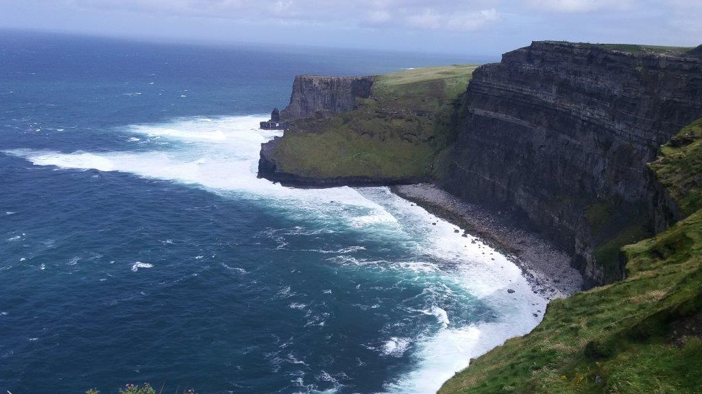 9 – Cliffs of Moher Moherove utesy Doolin