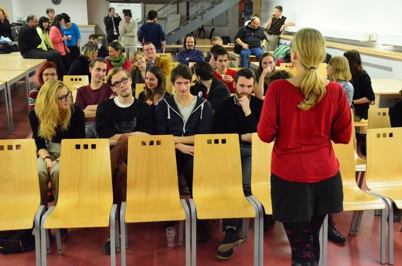 Sametový happening_25.výročí Studentské rady FF_3